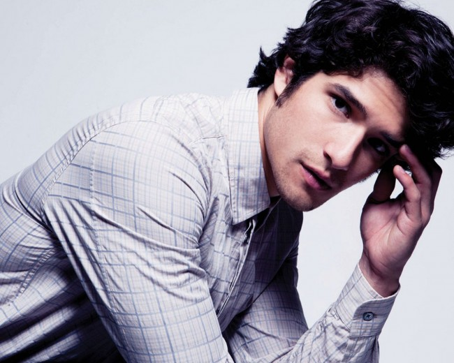Tyler Posey: Gay or chasing popularity